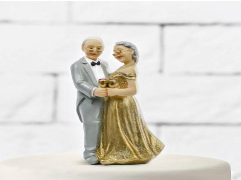 Svatební figurka na dort zlatá svatba